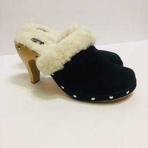 EMU shearling wool lined wood heeled Clogs.